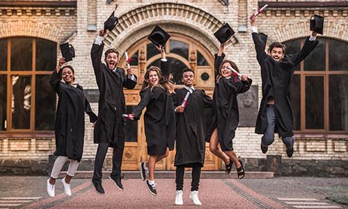 https://exportpulse.com/wp-content/uploads/2021/04/graduate-students.jpg